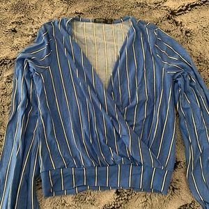Long sleeve blue stripped top